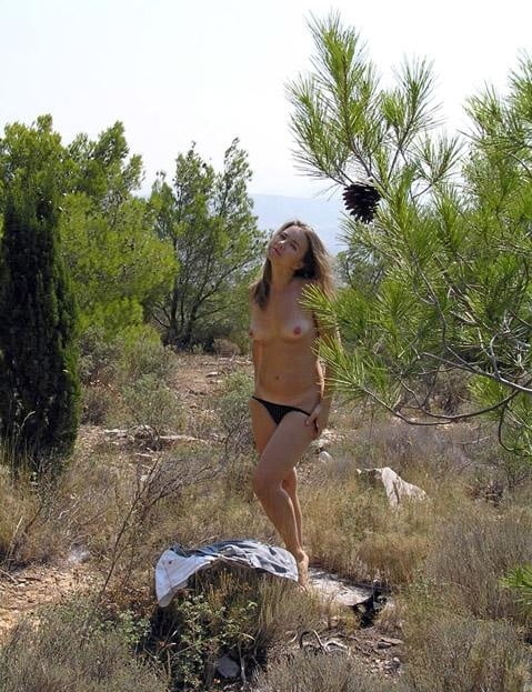 Greek cuckold slut Irina - Public strip