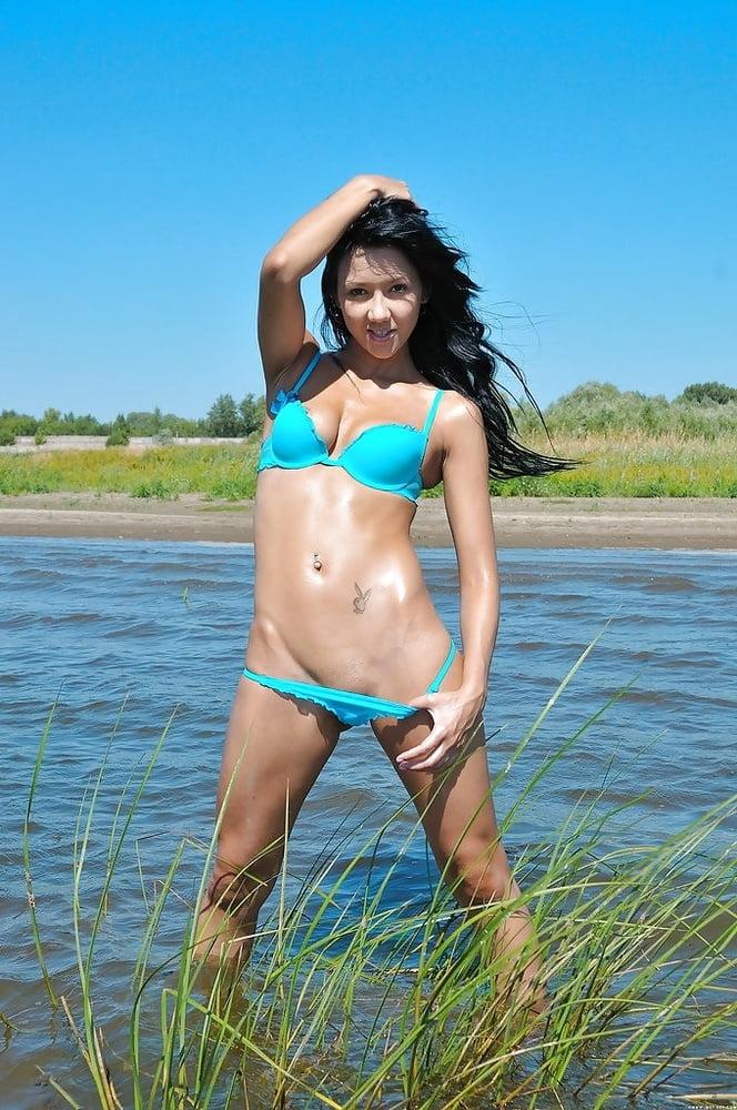 Kz Nude girl