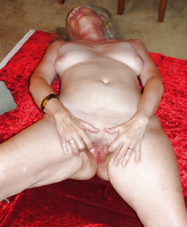 Sexy Sue Strips Naked