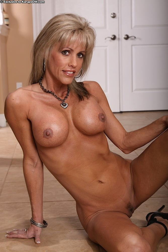 Slim MILF Jordan strips for you 2