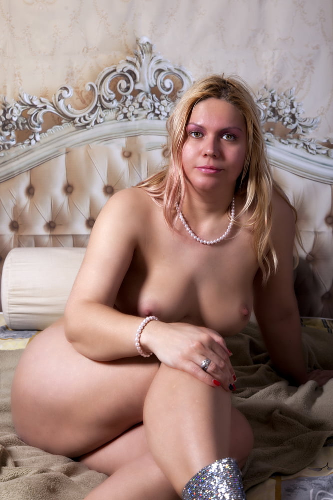 Vicky Wilfing milf erotic pictures